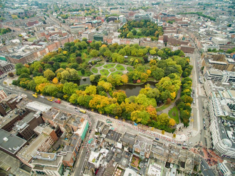 Aerial shot of St. Stephen's Green and surrounding area